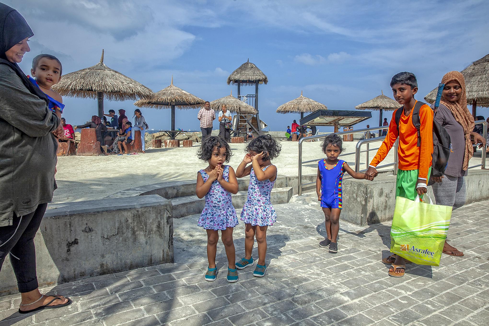 Male-Rasfannu'da halk plajı